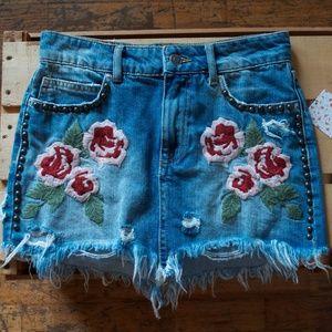 NWT Free People Distressed Floral Denim Skirt Sz24